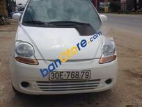 Bán xe Chevrolet Spark MT sản xuất 2010, màu trắng, nhập khẩu nguyên chiếc, giá tốt