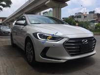 Bán Hyundai Elantra 2.0AT giá tốt. Xe đẹp nhất trong phân khúc hạng C, giá cả phải chăng option thì miên man