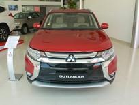 Bán ô tô Mitsubishi Outlander 2.0 CVT 2018, màu đỏ, giá ưu đãi có xe giao ngay