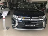 Bán Mitsubishi Outlander 2.0 CVT năm sản xuất 2018, màu đen, có xe giao ngay