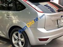 Cần bán xe Ford Focus 1.8 AT 2010, màu bạc giá rẻ