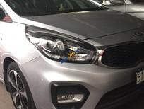 Bán xe Kia Rondo đời 2017 màu bạc, 525 triệu