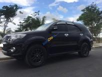 Cần bán xe Toyota Fortuner V 2015, số tự động màu đen