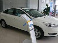 Bán Ford Focus 1.5 Titanium sản xuất 2018, màu trắng