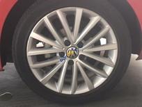 Cần bán xe Volkswagen Jetta màu đỏ chạy 17.800km, xe sử dụng kỹ tiếp người thiện chí