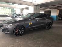 Cần bán xe Maserati Levante sản xuất 2016, màu xám (ghi) xe nhập