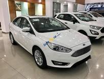 Giao ngay xe Ford Focus Trend, Titanium & Sport 2018, LH: 093.543.7595 để được tư vấn về xe và nhận khuyến mãi xe