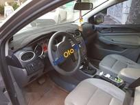 Bán Ford Focus 1.8AT sản xuất năm 2011, màu bạc giá cạnh tranh