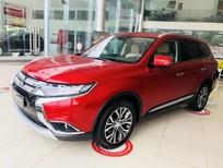 Bán Mitsubishi Outlander màu đỏ, mới 100%, giảm giá sốc, giao xe ngay