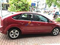 Cần bán xe Ford Focus sản xuất 2011 màu đỏ, giá 385 triệu