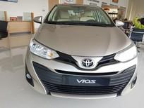 Cần bán xe Toyota Vios E năm sản xuất 2019, màu vàng
