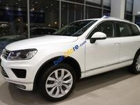 Bán Volkswagen Touareg – SUV 5 chỗ rộng rãi, cứng cáp và khỏe khoắn