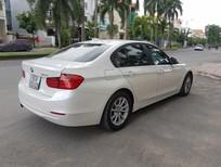 Bán BMW 3 Series 320i ĐK 2014, màu trắng