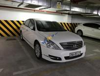 Cần bán lại xe Nissan Teana sản xuất năm 2011, màu trắng, nhập khẩu nguyên chiếc, giá tốt