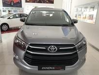 Cần bán xe Toyota Innova E MT 2018, mới 100%, khuyến mãi lớn, hỗ trợ trả góp 90%