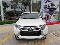 Cần bán Mitsubishi Pajero Sport D 4x2 AT sản xuất 2018, màu trắng, nhập từ Thái