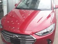 Bán xe mới Hyundai Elantra giá tốt trả góp 90% xe sẵn giao ngay