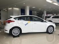Bán xe Ford Focus Titanium sản xuất 2018, màu trắng