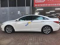 Cần bán xe Hyundai Sonata 2.0 AT năm 2011, màu trắng, nhập khẩu