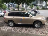 Bán ô tô Toyota Highlander năm sản xuất 2011, màu vàng, nhập khẩu nguyên chiếc
