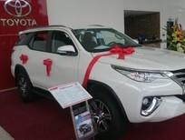 Đại lý Toyota Thái Hòa, bán Toyota Fortuner 2.8V máy dầu, 2 cầu, nhập khẩu, đủ màu. LH: 0964898932