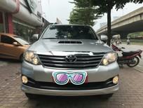 Cần bán xe Toyota Fortuner 2.5G sản xuất 2015, màu bạc, 1 cầu máy dầu, số tay, chính chủ từ đầu