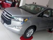 Bán Toyota Innova năm 2018, màu bạc giá tốt
