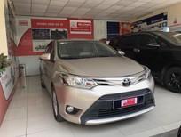 Cần bán gấp Toyota Vios 1.5E MT 2017, màu vàng cát