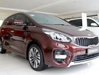 Bán ô tô Kia Rondo 2.0 GMT sản xuất năm 2020, màu đỏ, giá chỉ 559 triệu