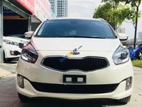 Cần bán gấp Kia Rondo 2.0AT GAT sản xuất 2016, màu trắng