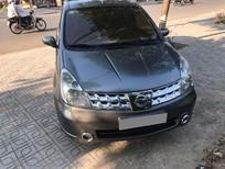Cần tiền bán Nissan Livina 2011 số sàn màu xám xe đẹp đi kỹ
