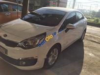 Cần bán gấp Kia Rio MT năm 2015, màu trắng, nhập khẩu nguyên chiếc