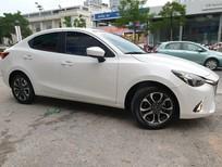 Gia đình cần bán Mazda 2 Sx 2017, số tự động, màu trắng tinh đẹp