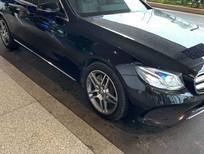 Cần bán lại xe Mercedes E250 sản xuất năm 2017, màu đen, chính chủ