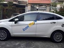 Cần bán Ford Fiesta năm sản xuất 2011, màu trắng, 345tr