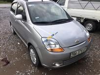 Cần bán Chevrolet Spark năm 2011, màu bạc số sàn