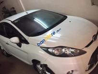 Cần bán gấp Ford Fiesta năm 2012, màu trắng