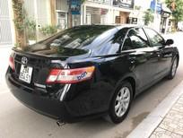 Cần bán xe Toyota Camry LE 2.5 năm sản xuất 2010, màu đen, nhập khẩu