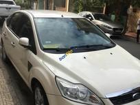 Chính chủ bán xe Ford Focus năm sản xuất 2011, màu trắng, xe nhập