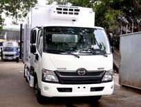 Cần bán Hino 300 Series 2017, màu trắng thùng đông lạnh tải trọng 3.5 tấn