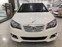 Bán lại xe Hyundai Avante sản xuất năm 2014, màu trắng, xe cũ