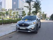 Cần bán Honda CR V 2.4, màu bạc, đăng ký T5/2017
