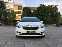 Cần bán Kia K3 đời 2013 màu trắng, giá tốt