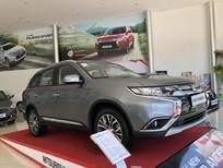 Cần bán xe Mitsubishi Outlander sản xuất 2018, màu xám, xe nhập