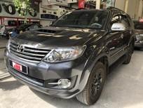 Cần bán Toyota Fortuner 2.5G năm sản xuất 2015, màu xám số sàn