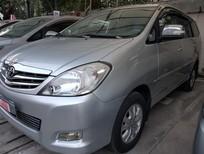 Cần bán Toyota Innova V 2009, màu bạc, số tự động, xe đi kĩ