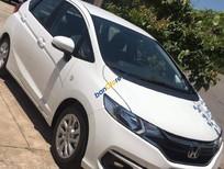 Cần bán gấp Honda Jazz V năm sản xuất 2018, màu trắng, xe nhập