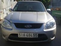 Cần bán gấp Ford Escape 2013, màu bạc, 485tr