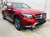 Cần bán xe Mercedes GLC200 năm 2018, màu đỏ