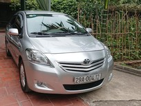 Cần bán xe Toyota Vios 2010, màu bạc, số tự động